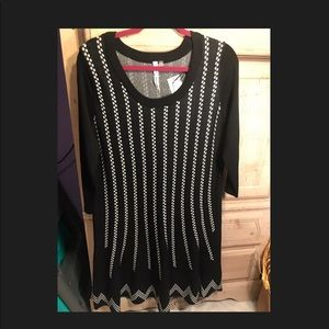 New NY Collection black & white sweater dress